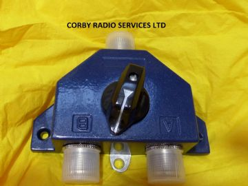 COAX ANTENNA SWITCH FOR CB TAXI & HAM RADIO 2 POSITION UP TO 600 MHz pwr 1KW